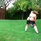 Princessblueyez Sexy Great Legs Soccer Chick HD Video