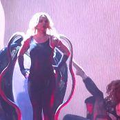 布兰妮·斯皮尔斯很性感在闪亮的黑色乳胶紧身连衣裤高清视频