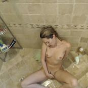 Sarah Peachez Shower Masturbation And Shave Camshow Video