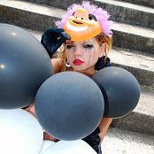 Young Gusel Tears of a Clown Photo Set