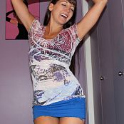 Andi Land Dancing In My Room Picture Set