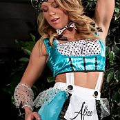 Madden Alice Halloween Outfit Picture Set