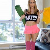 Katie Banks Hot Yoga Girl Masturbation 4K UHD Video
