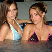 Karen Loves Kate Lesbo Tub Teens Picture Set 003