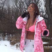 Nikki Sims Snowball Fight HD Video