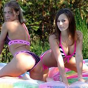 Karen Loves Kate Fantastic Bikini Babes Picture Set 016