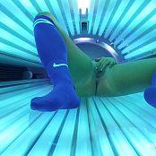 Katies World Tanning Bed And Vibe Masturbation HD Video