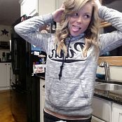 Madden Sweatshirt Selfies Picture Set