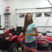 2 Sexy American Teens Garage Fun HD Video