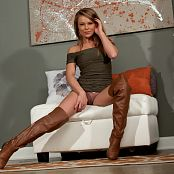 Madden Brown Knee Highs Picture Set 4551