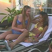 Daisy Marie & Aurora Snow Lipstick Lesbians Video