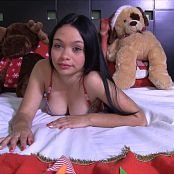 Valeria Lopera Red And Ready HD Video