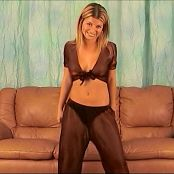 Halee Model Lounge Outfit Dancing Shoot Video