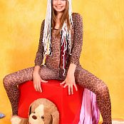 Young Gusel Leopard Teeny Picture Set