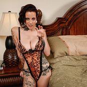 Amanda Verona Your Pet Picture Set & HD Video
