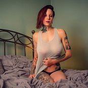 Amanda Verona Sleep Naked Picture Set & HD Video