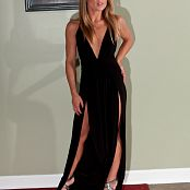 Madden Gown Picture Set