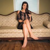 Alex Arabella Sofa Queen Picture Set & HD Video