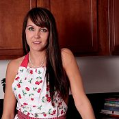 Andi Land Sexy Baker Picture Set