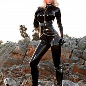 Susan Wayland Catwoman In Nature Picture Set 1