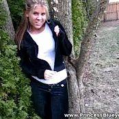 Princessblueyez Backyard Tease Video