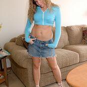 MeganQT Legs Wide Open UHQ Picture Set