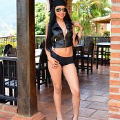 Silver Dreams Sabra Black Shorts Picture Set 1