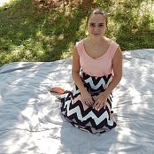 Kaley Kade Picnic Picture Set