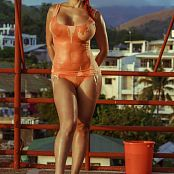 Bianca Beauchamp Rooftop Flaunter Picture Set