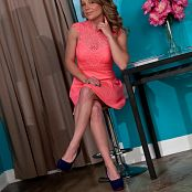 Madden Coral Dress Picture Set