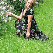 Madden Pretty In The Field Picture Set