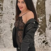 Silver Moon Teia Snow Picture Set 1