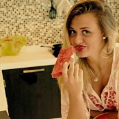 Karisha Terebun Fruty Fun In the Kitchen HD Video