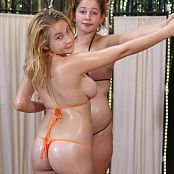 ModelingDVDs Heather & Alexis Bubbles Picture Set