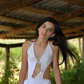 Silver Moon Teia White Dress Picture Set 1