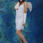 Silver Starlets Kira White Angel Picture Set 1