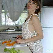 Ariel Rebel Sexy Veggies HD Video