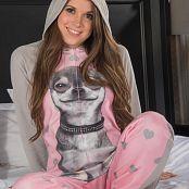 Brittany Marie Bonus Picture Set 414
