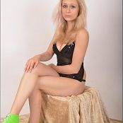 TeenModelingTV Cindy Black Sequins Picture Set