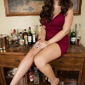 Bailey Jay Bar Slut Picture Set