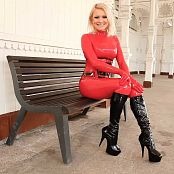 Lara Larsen Kralovy Vary Latex Girl HD Video