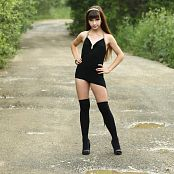 Silver Jewels Sarah Black Dress Picture Set 11