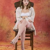 Silver Starlets Kira Chair Picture Set 1