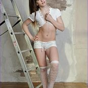 Silver Jewels Sarah White Stockings Picture Set 5