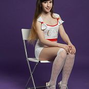 Silver Jewels Sarah White Stockings Picture Set 6