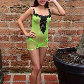 Silver Dreams Janie Fluro Picture Set 3