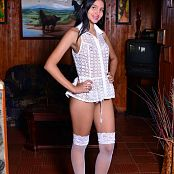 Silver Pearls Dulce White Stockings Picture Set 1