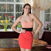 Fame Girls Isabella Picture Set & HD Video 096