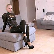 Lara CumKitten Lick Your Mistress Latex Clean HD Video
