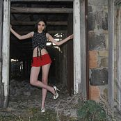 Silver Moon Tammy Red Skirt Picture Set 1